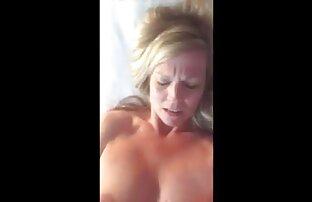 MILF de pelo negro Kat se masturba al aire libre Ver su porno anime español latino coño mojado