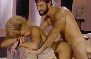 Joven rubia tomando sexo casero en español latino una polla enorme
