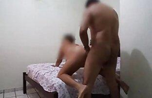 M. R. en Mom's video porno audio latino Cornudo