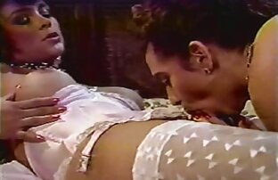Chica asiática pelirroja recibe peliculas en español latino completas xxx un collar de semen después de una mamada